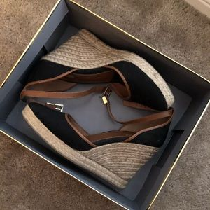 Louise et Cie Lo Palma Wedge 9.5m. Great condition